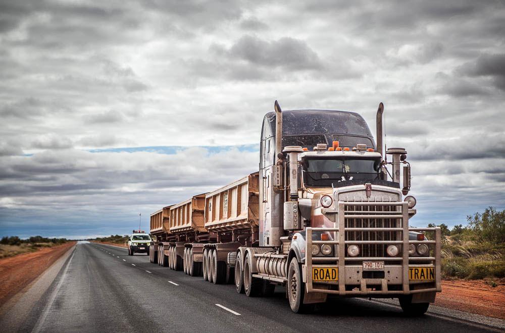 Riesiger Lastwagen
